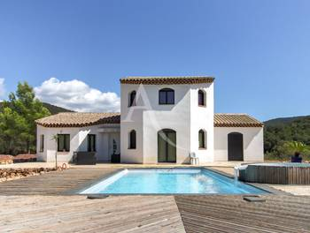 Villa 12 pièces 396 m2