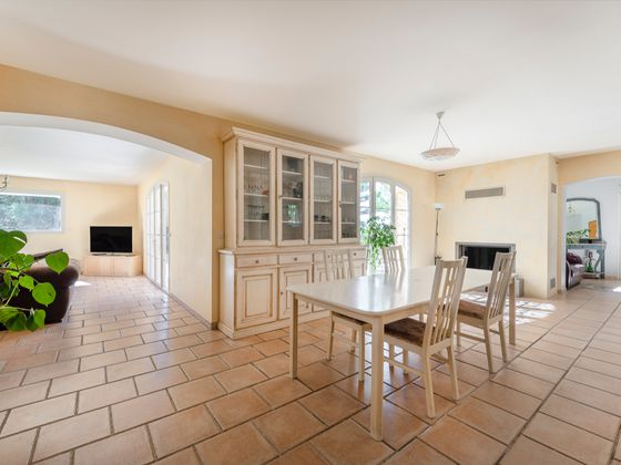 Vente maison 6 pièces 205 m2