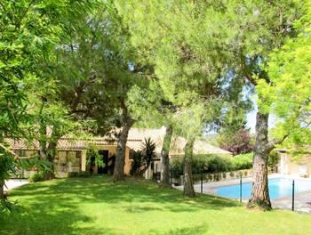 Villa 7 pièces 225 m2