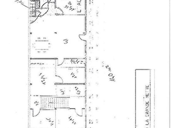 Vente divers 11 pièces 280 m2