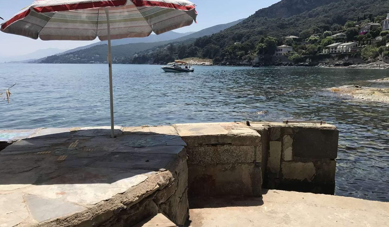 Maison en bord de mer avec terrasse Brando