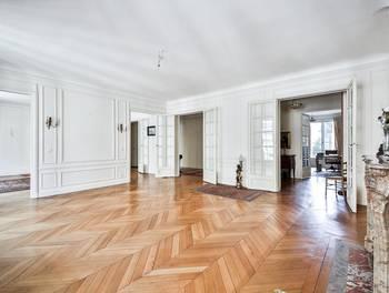 Appartement 7 pièces 225 m2