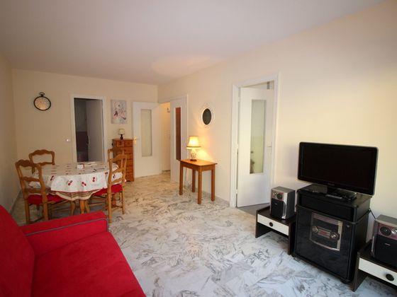 Location studio meublé 31,68 m2