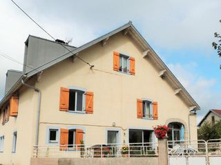 Maison Doucier (39130)
