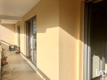 appartement à Balan (08)