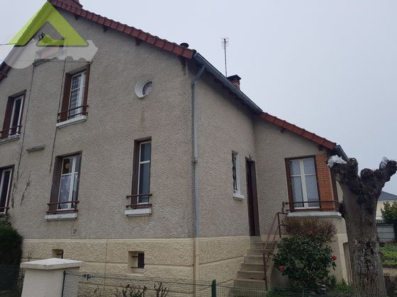 vente Maison 4 pièces 95 m2 Vierzon