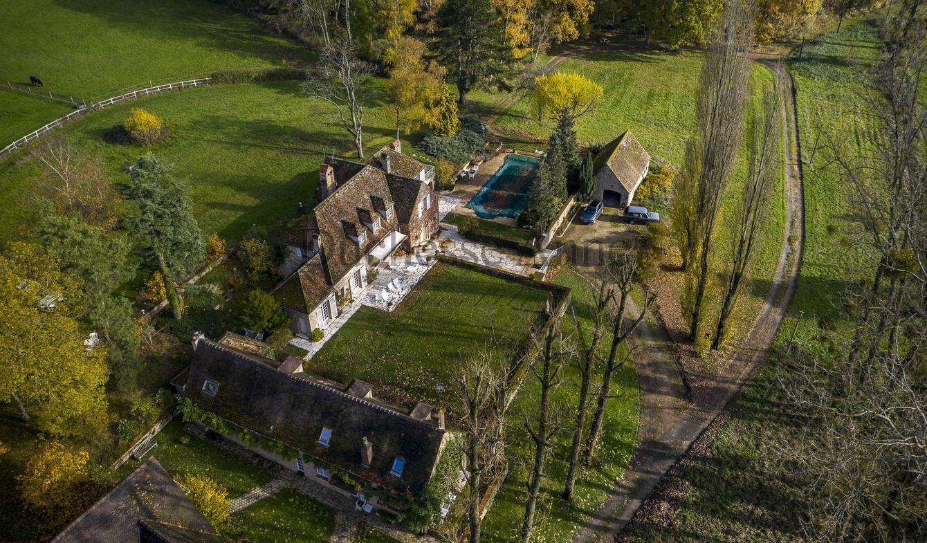 Property with pool Montfort-l'Amaury