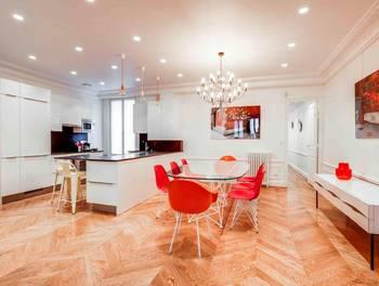 Appartement meublé 5 pièces 101 m2