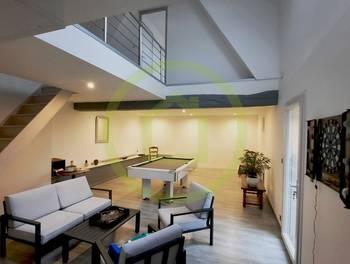 Maison 10 pièces 269 m2