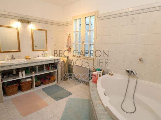 Vente maison 6 pièces 198 m2