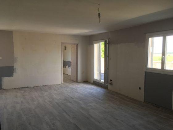 Vente divers 4 pièces 320 m2