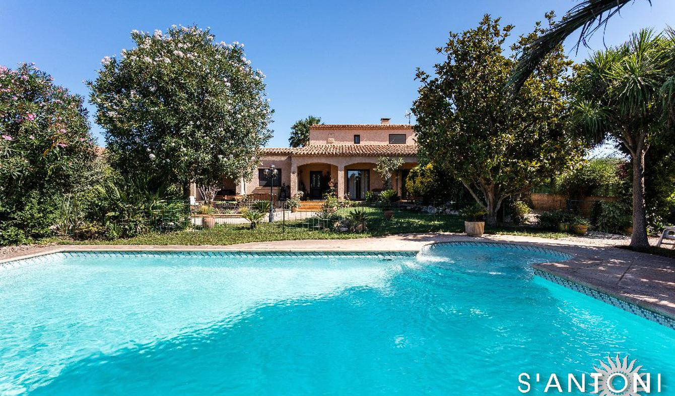 Maison avec piscine et terrasse Florensac