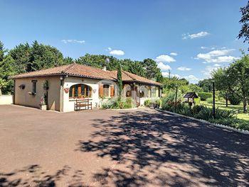 maison à Milhac-d'Auberoche (24)