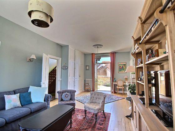 Vente propriété 10 pièces 265 m2