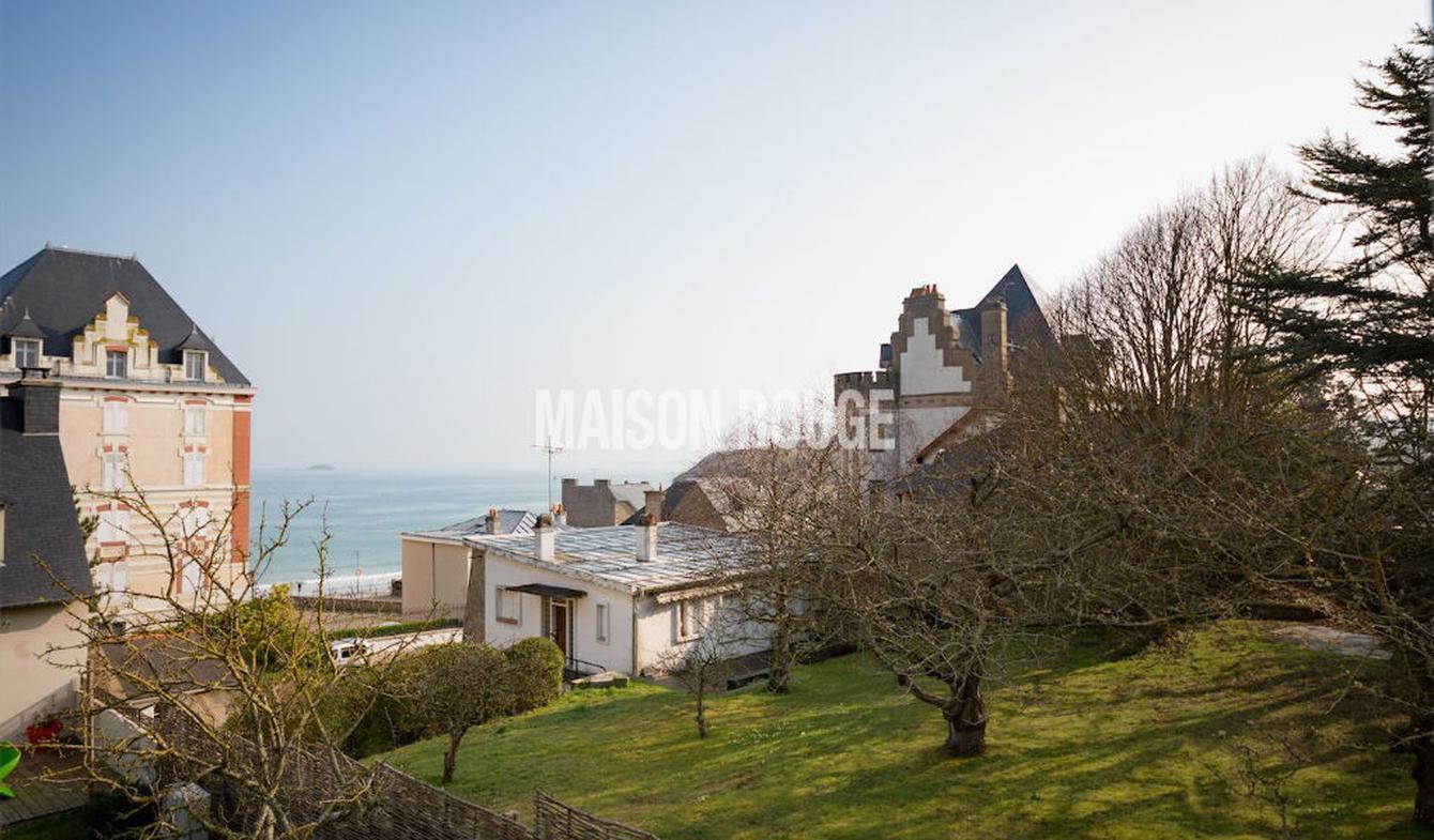 Apartment with terrace Saint-Lunaire