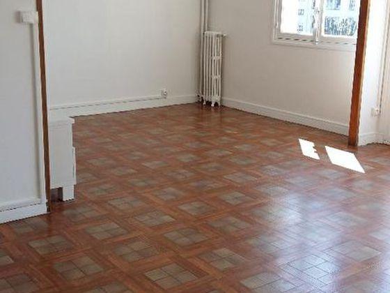 location Appartement 4 pièces 63 m2 Vitry-sur-Seine