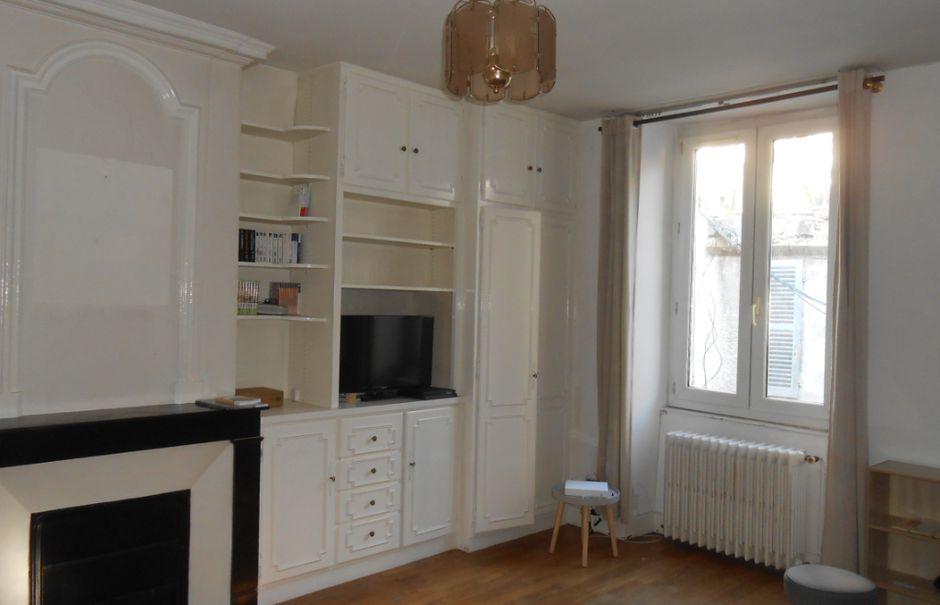 Vente locaux professionnels 4 pièces 200 m² à Nevers (58000), 139 800 €