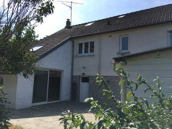 maison à Bazougers (53)