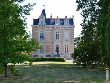 Château 9 pièces 400 m2