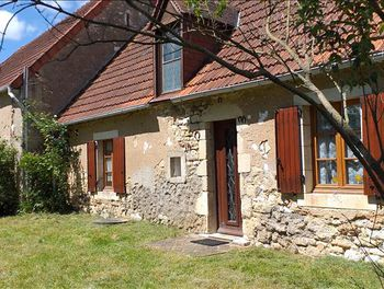 maison à Saint-Pierre-les-Bois (18)