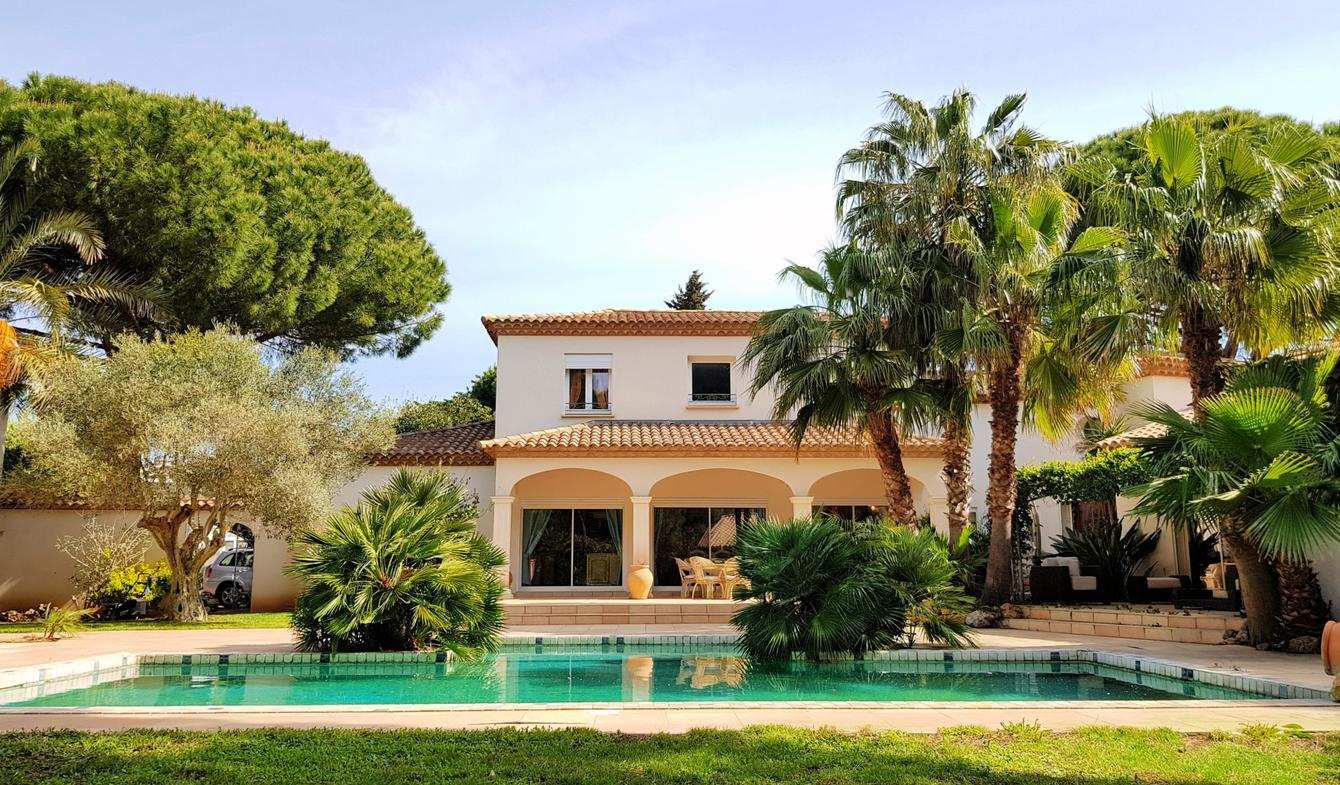 Villa avec piscine et terrasse Grau d'Agde