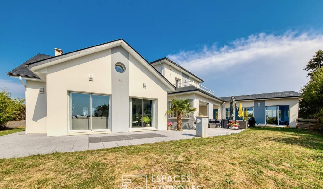 Maison avec piscine et terrasse Fontaine-la-Mallet
