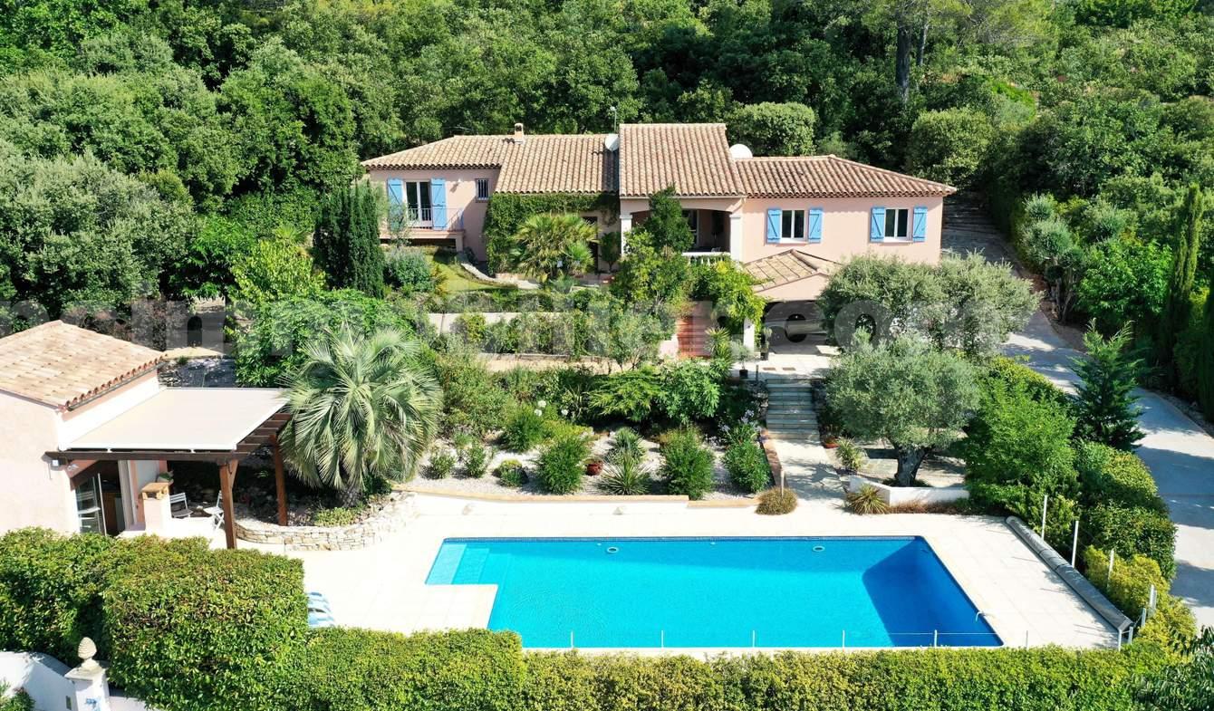 Maison avec piscine et terrasse Garéoult