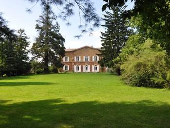 Château 20 pièces 1450 m2