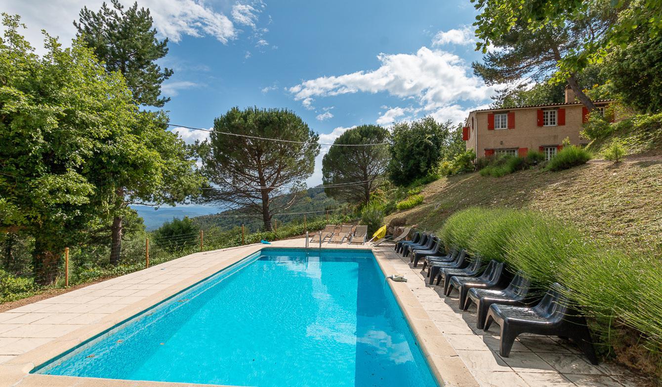 Villa avec piscine et terrasse Seillans