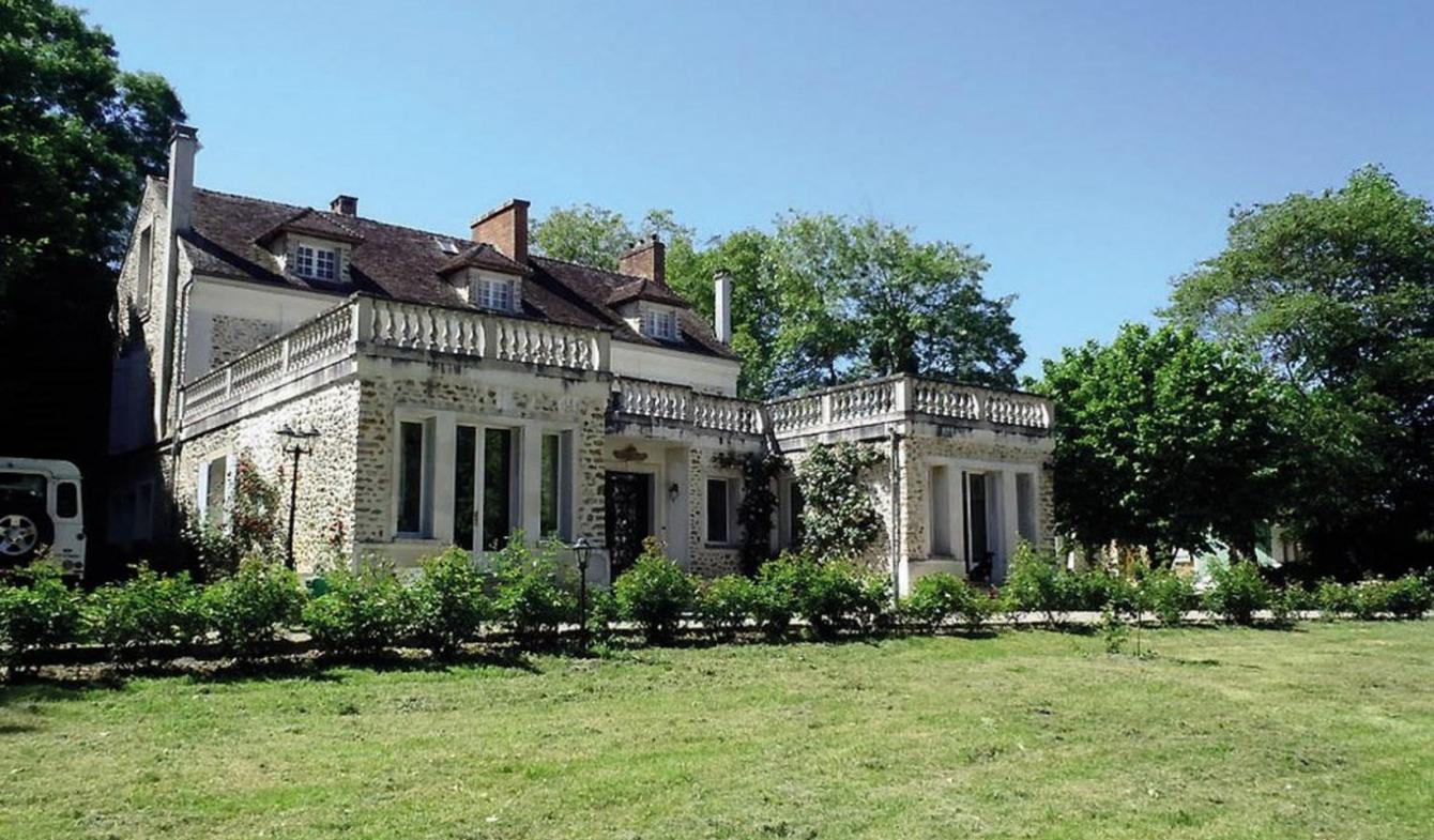 Castle Champeaux