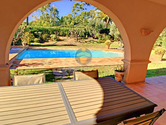 Vente villa 10 pièces 265 m2
