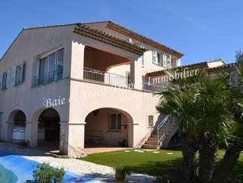 Villa 7 pièces 180 m2