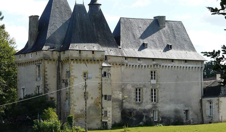 Château classé monument historique Chaleix