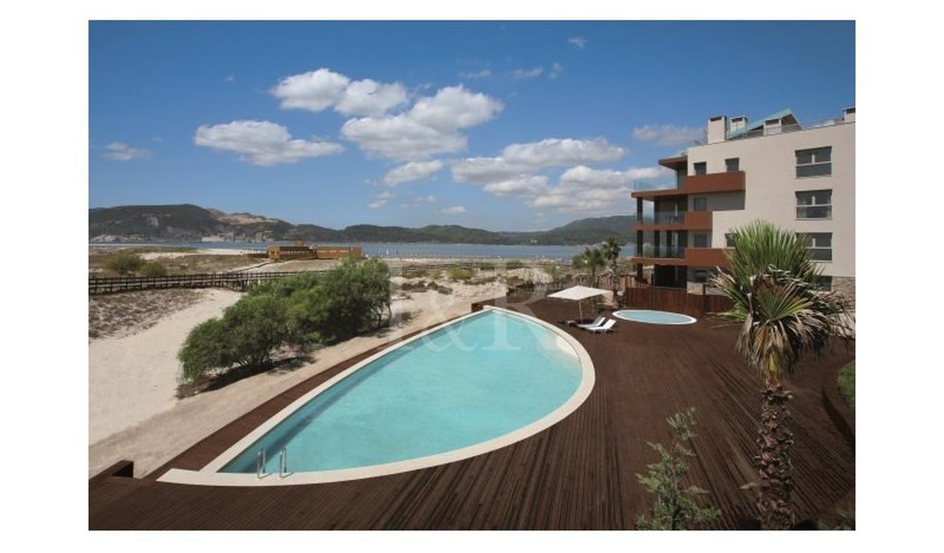 Appartement avec terrasse Ermidas do Sado