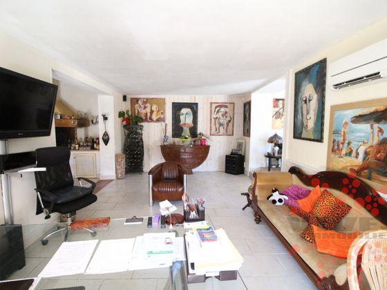 Vente propriété 4 pièces 130 m2