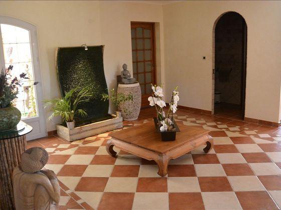 Vente villa 8 pièces 272 m2