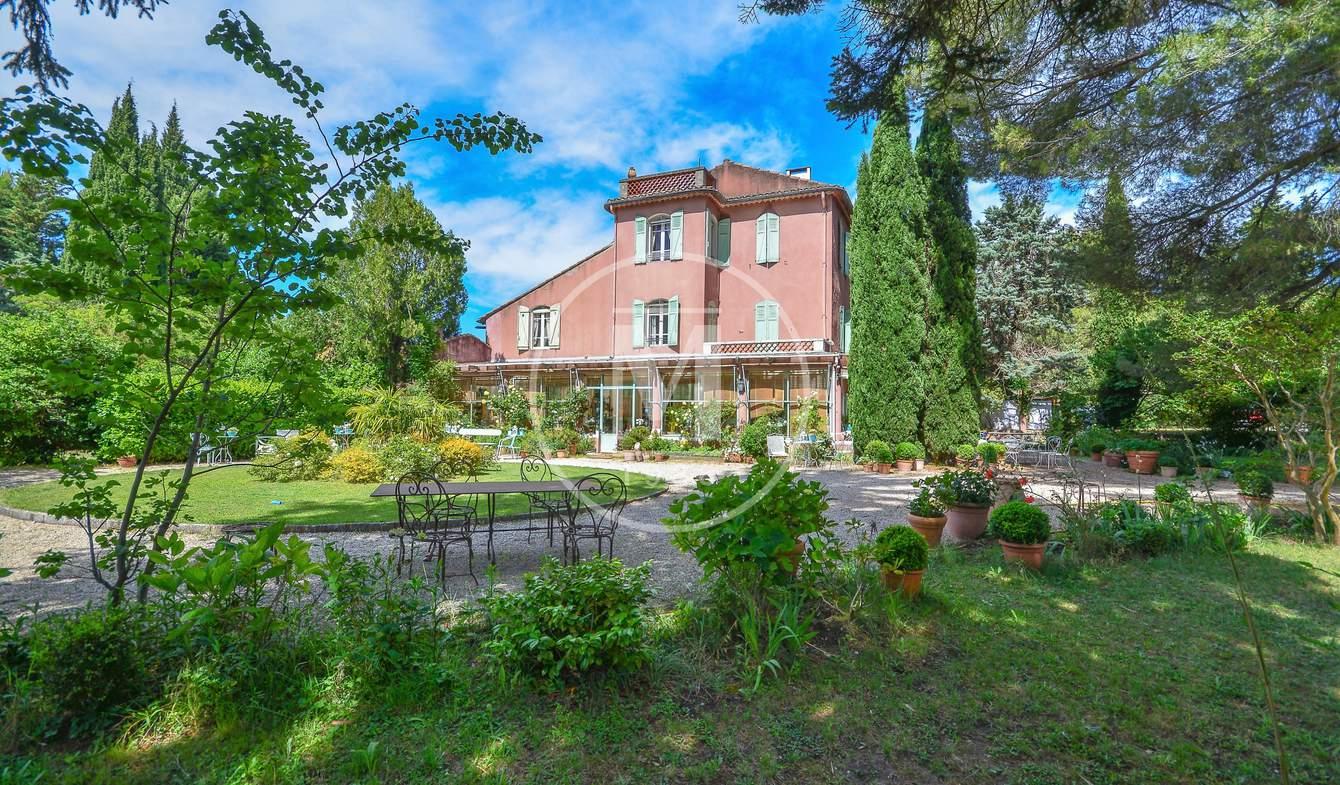 Maison avec terrasse Eygalières