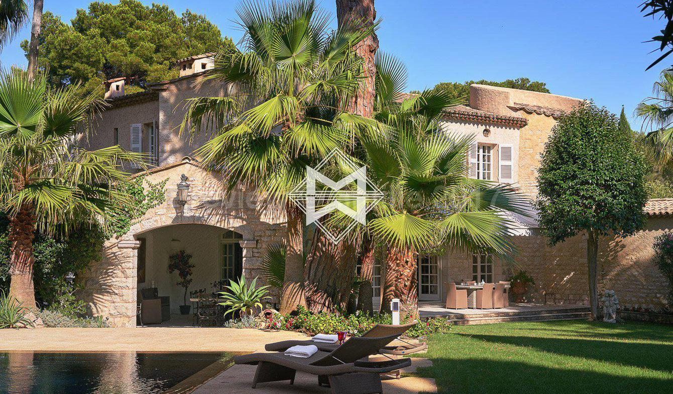 Villa with pool Antibes