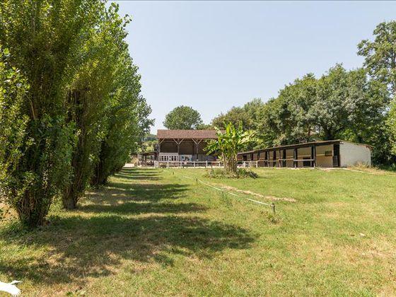 Vente maison 3 pièces 250 m2