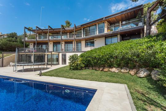 Villa de Luxe avec Piscine Espagne à Vendre