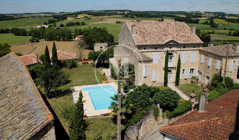 Maison avec piscine et terrasse Mansonville