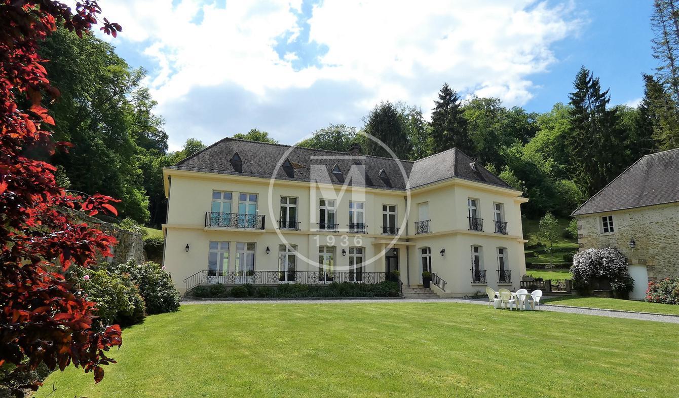 Maison avec piscine et terrasse Noailles