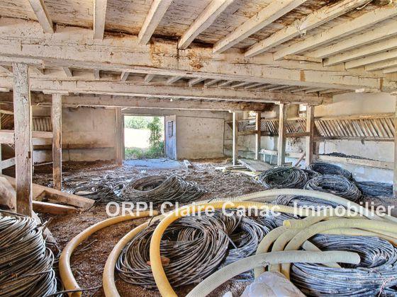 Vente maison 5 pièces 670 m2