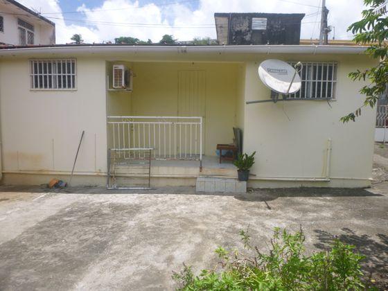 Vente maison 4 pièces 336 m2