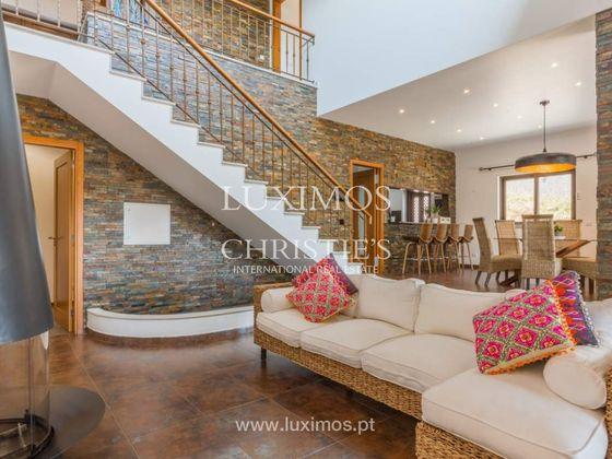 Vente villa 366,9 m2