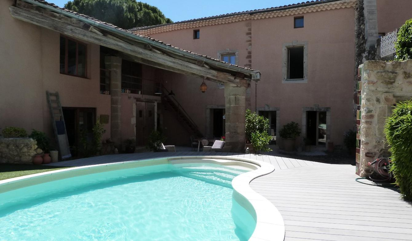 Property with pool and garden Pezenas