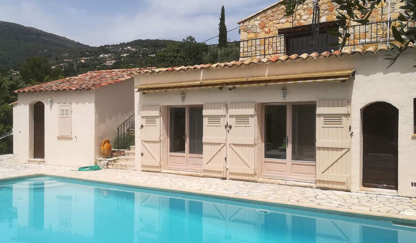 House with pool and terrace Seillans