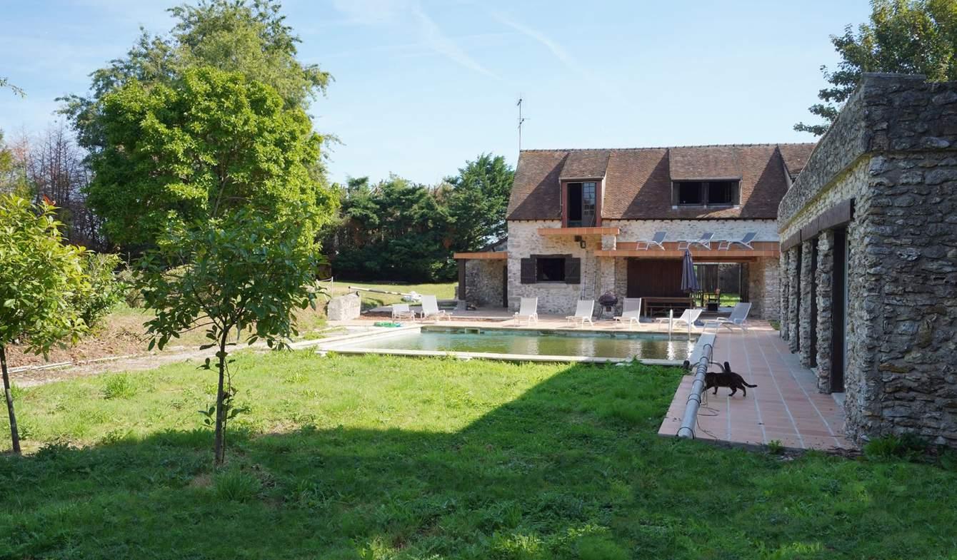 Propriété avec piscine Les Essarts-lès-Sézanne