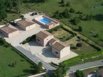 Maison 14 pièces 420 m2
