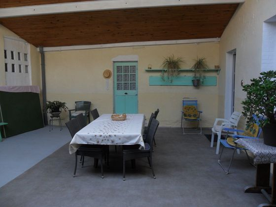 Vente propriété 10 pièces 165 m2